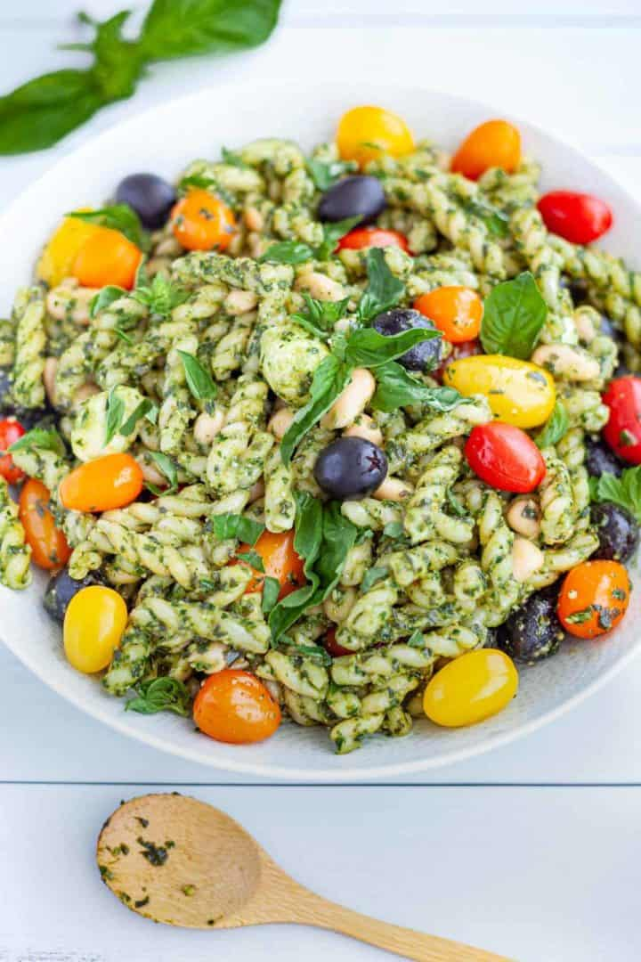 Spinach Pesto Pasta Salad with White Beans, Mozzarella and Tomatoes