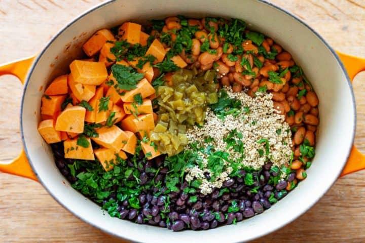 Quinoa Sweet Potato Chili ingredients