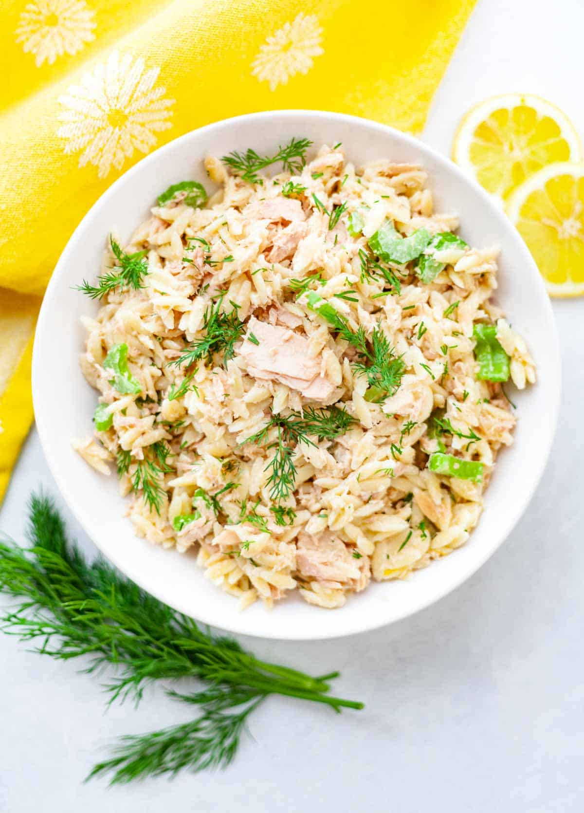 bowl of canned tuna, orzo, celery and dill