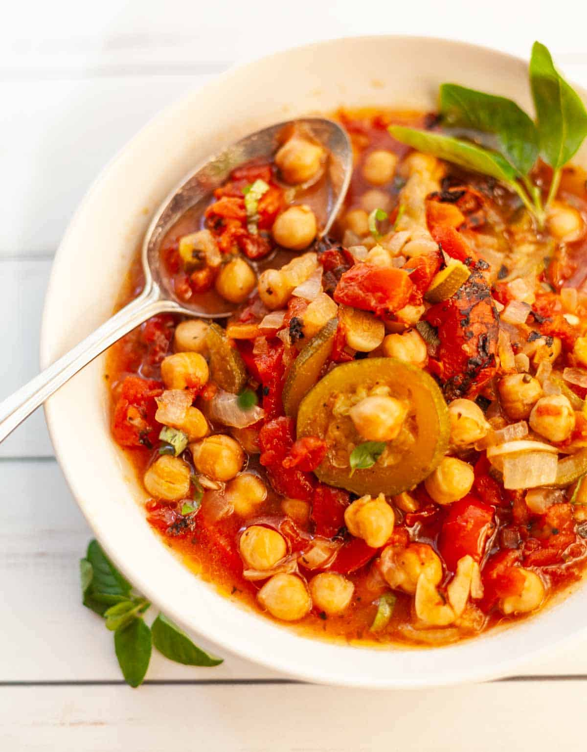 bowl of vegetarian stew with chickpeas