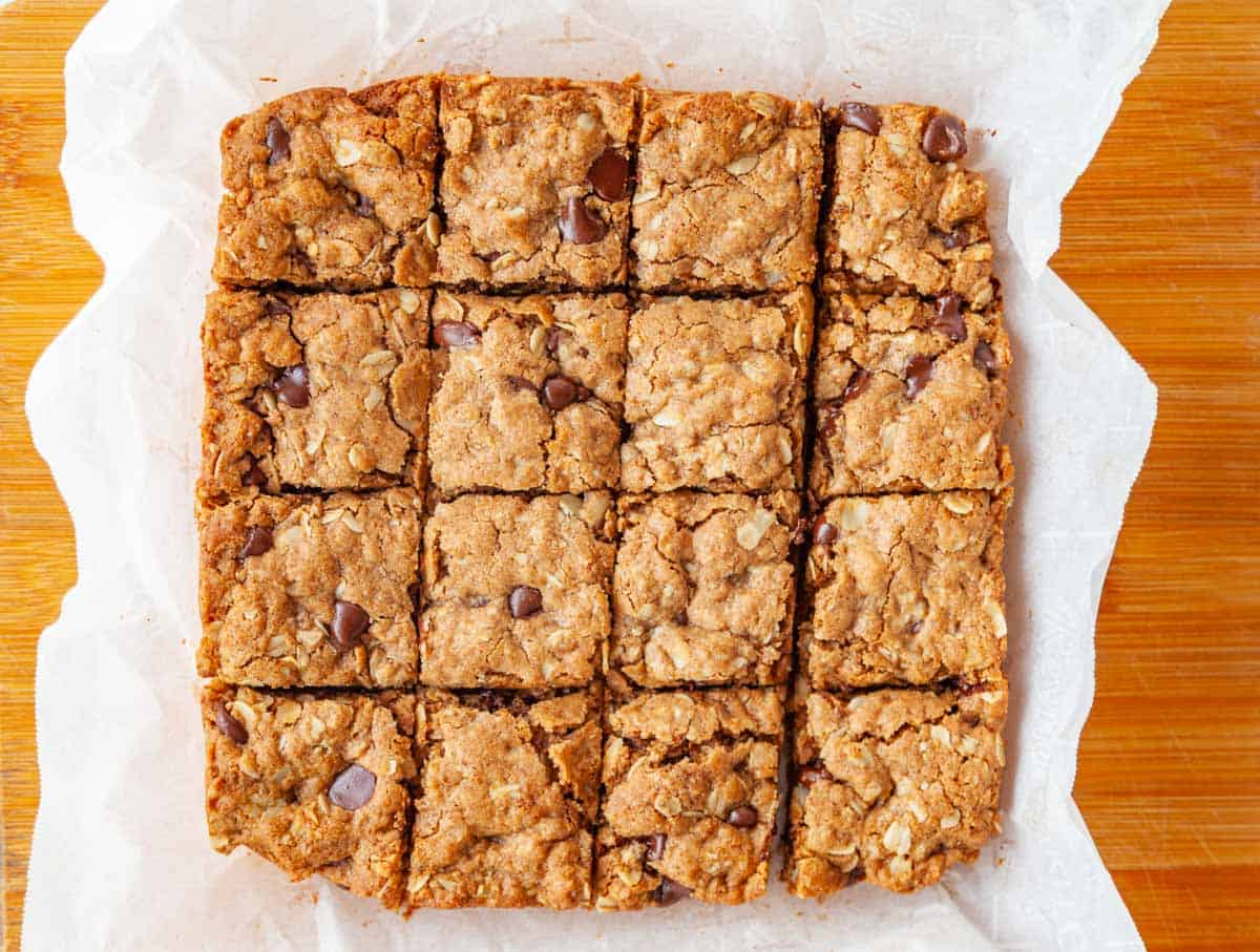 almond butter bars cut into squares